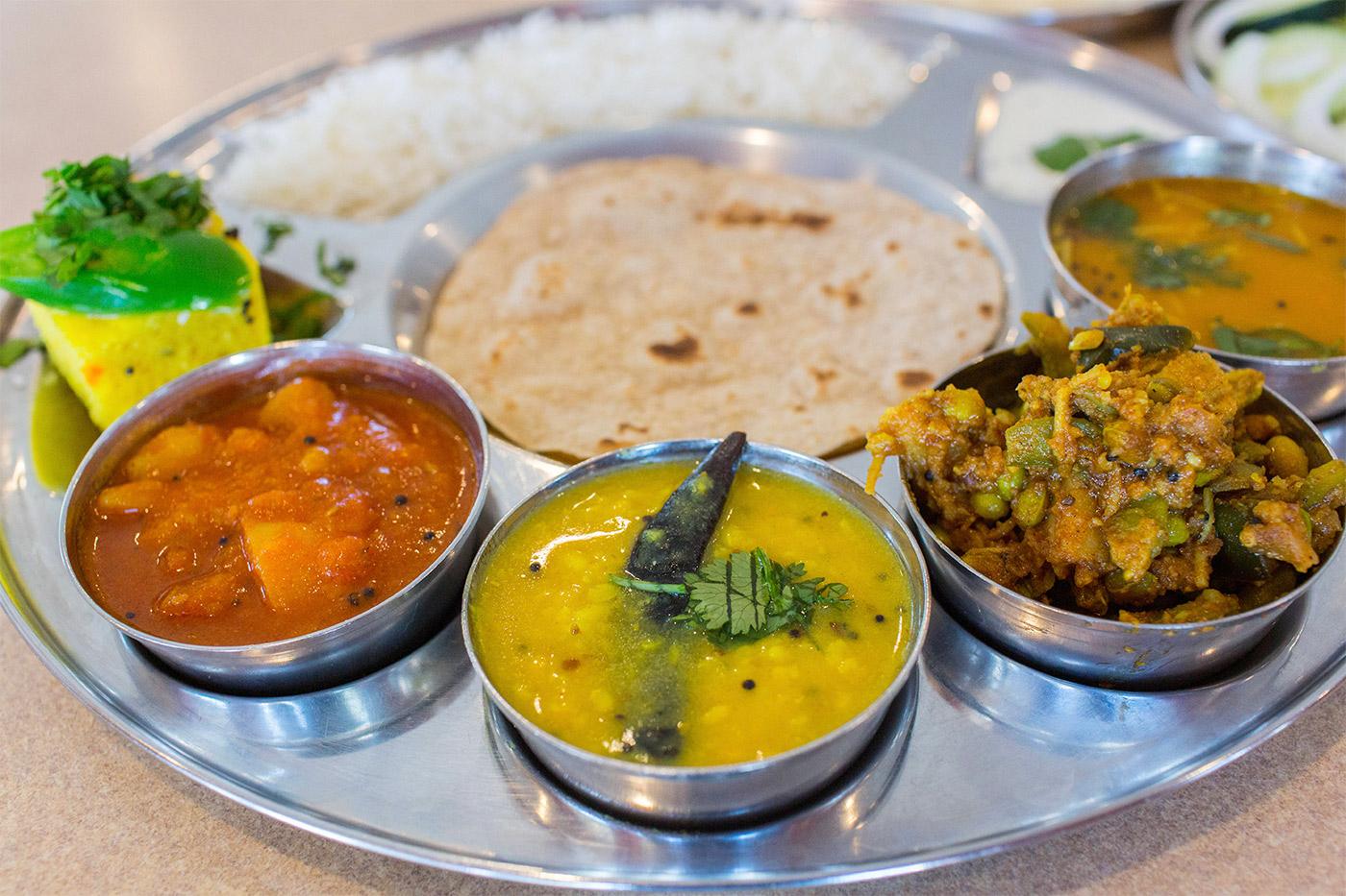 Gujarati-Thali-Closeup